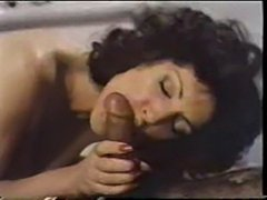 Mature woman in hotel - 70s porn  free