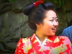 Asian mature gal in kimono