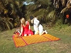 Three Aussie girls have a picnic in Sydney's Centennial Park. And get very wet.