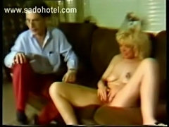 Guy tries to the fist fuck the pussy of his girlfriend and p free