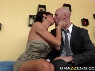 Brazzers - Shes Gonna Squirt - I Can Squirt scene starring Veronica Avluv and...