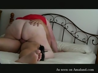 BBW wife riding hard dick like feisty cowgirl in amateur homemade video