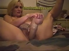 Aged milf bought the hugest dildo & violates cunt